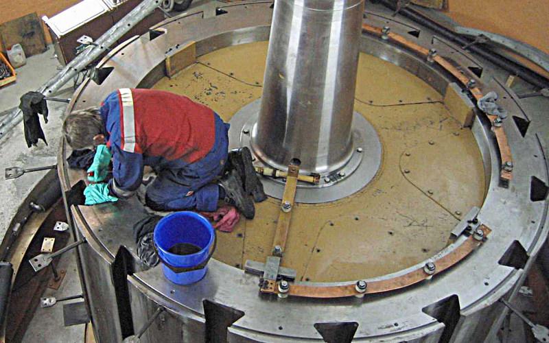 Illustrasjonsfoto: vedlikehold av vannkraftverk
